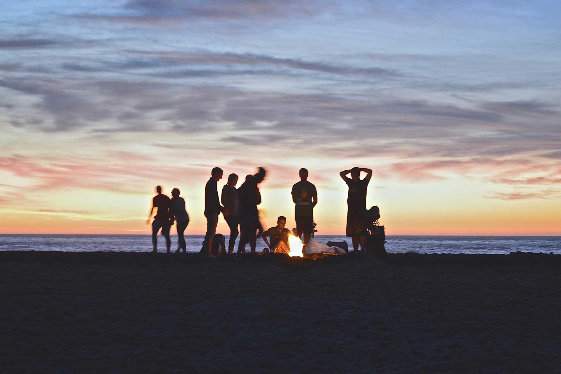 Utdrikningslag - Fest på strand med Volum